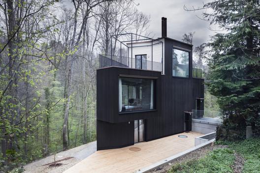 Two Family House / Hajnoczky.Zanchetta Architekten + Angela Waibel