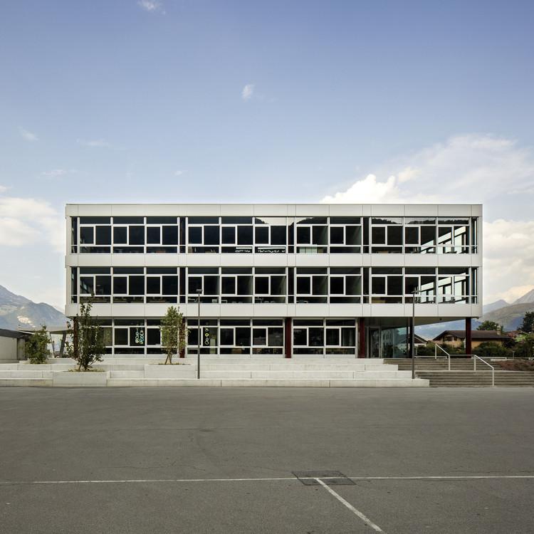 """Seismic school """"Les Perraires"""" / meier + associés architectes, Courtesy of meier + associés architectes"""