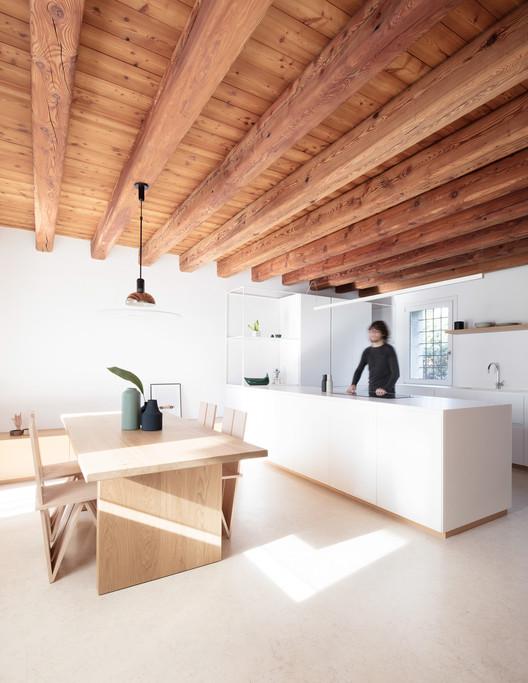 Interior DR / Didonè Comacchio Architects