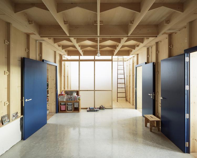 Casa Plywood / SMS Arquitectos, © Luis Diaz Diaz