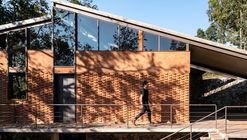 Zirahuén House / Daniela Bucio Sistos // Taller de Arquitectura y Diseño