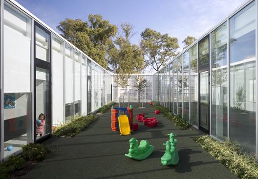 Child Development Centre Commune 8 / Dirección General de Arquitectura + MDUyT + GCBA