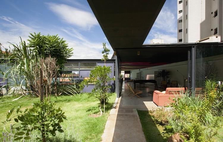 Girassol Pavilion / Brasil Arquitetura, © Daniel Ducci