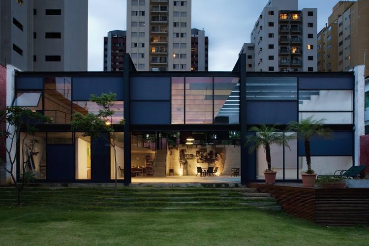 Pavilhão Girassol / Brasil Arquitetura, © Daniel Ducci