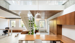 Loft Junghwa Dong / arcave