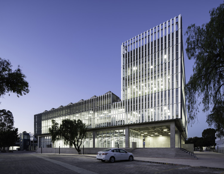BioEngineering Center / Studio de Arquitectura y Ciudad, © The Raws