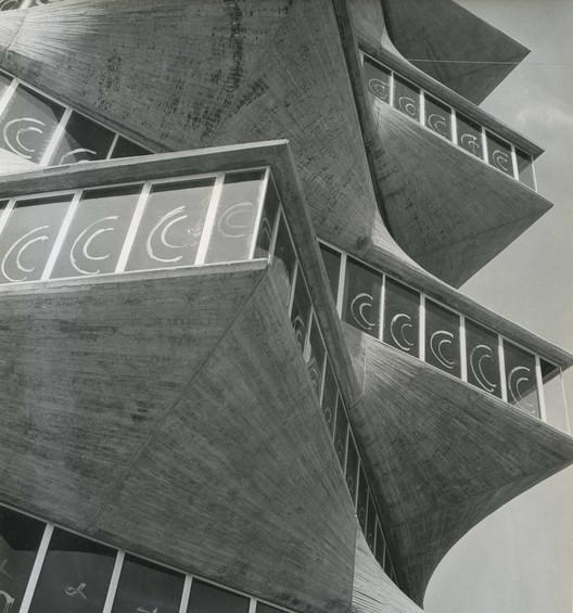 Clásicos De Arquitectura Laboratorios Jorba La Pagoda Miguel Fisac Plataforma Arquitectura