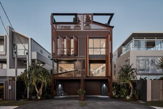 08 Albatross Avenue House / Studio Workshop