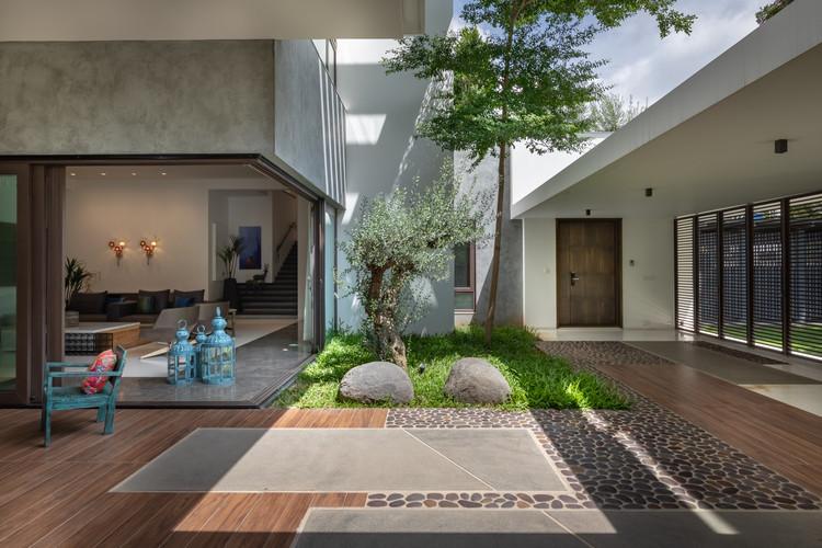 Casa patio / MORIQ, Cortesía de Moriq