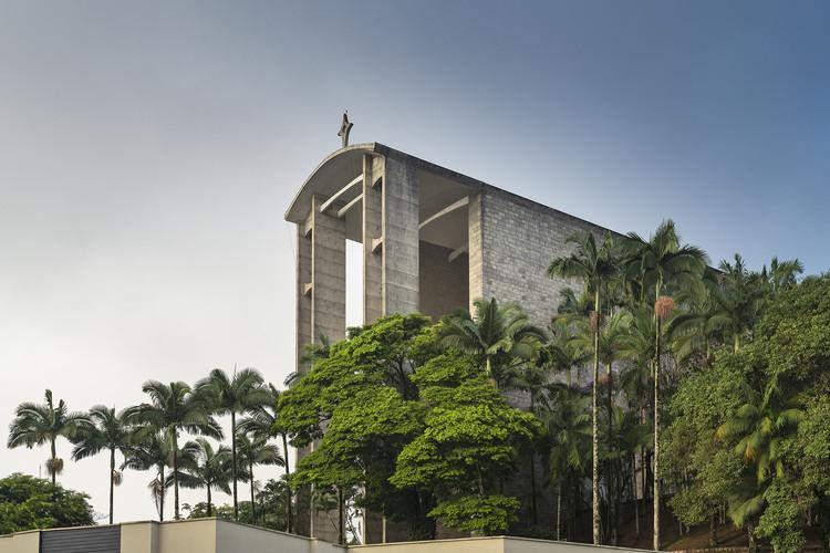 Um Pritzker no interior de Santa Catarina: a igreja de Gottfried Böhm em Brusque, © Ronaldo Azambuja