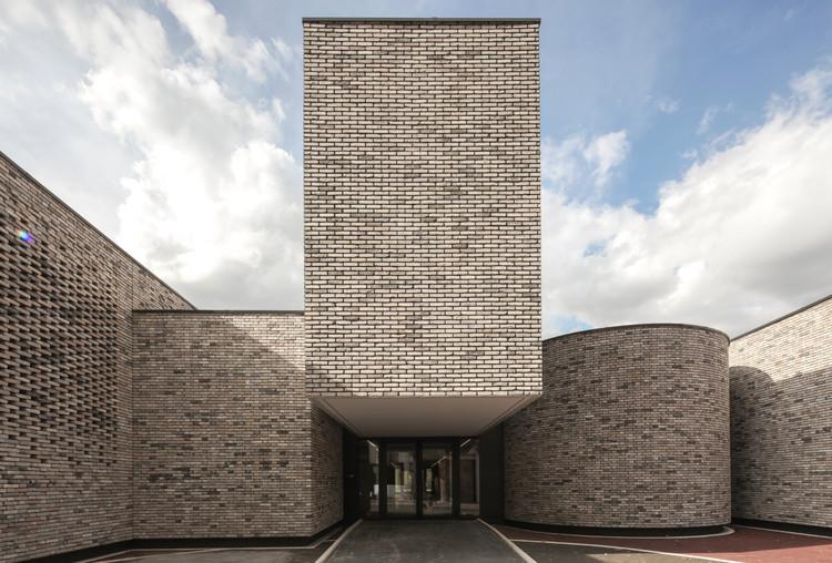 Elancourt Music School / Opus 5 architectes, © Luc Boegly