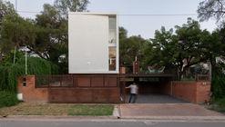 Las Delfinas House / Andrés Alonso