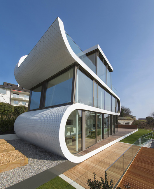Pivoting, Sliding, Accordion and Curtain Wall: Different