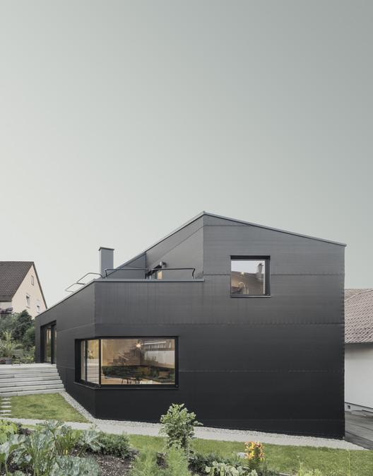 haus d yonder architektur und design archdaily. Black Bedroom Furniture Sets. Home Design Ideas