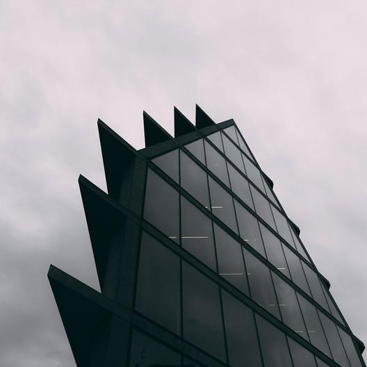 Fondazione Feltrinelli / Herzog & de Meuron. Image © Sebastian Weiss