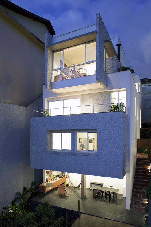 Residencia Vitorino / Vasco Lopes Arquitetura, © Fran Parente