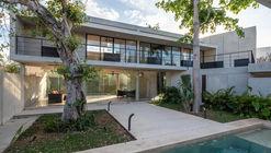 Casa HC / Quesnel arquitectos