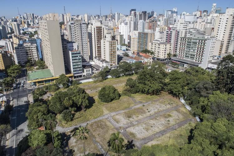 Prefeitura de São Paulo receberá a posse do terreno do Parque Augusta, Terreno do Parque Augusta. © Danilo Verpa/ Folhapress