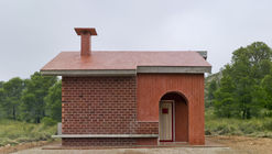 House of the Angel / Martin Lejarraga Oficina de Arquitectura