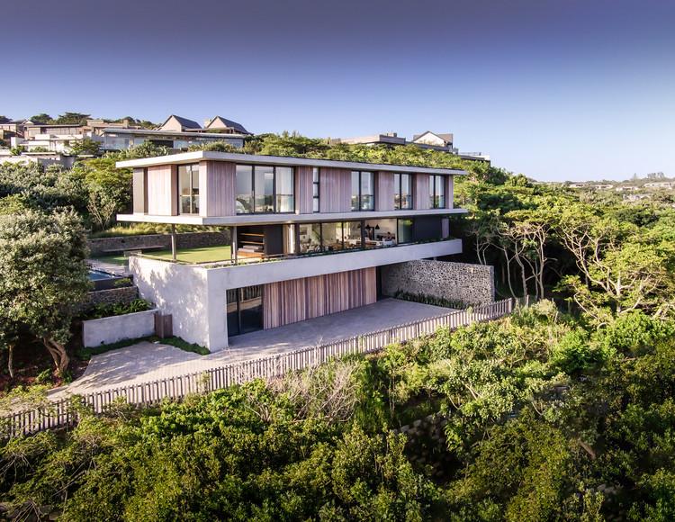 Casa del árbol / Bloc Architects, © Peter Oravecz