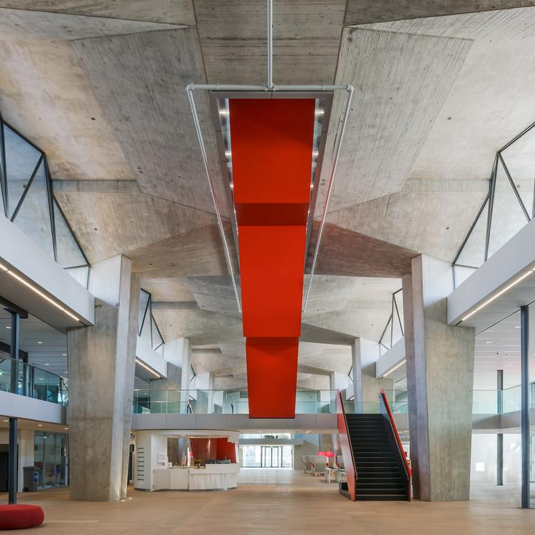 Atlas - Eindhoven University of Technology / Team V Architecture