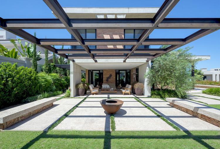Casa AM / NVArquitetura, © Lio Simas