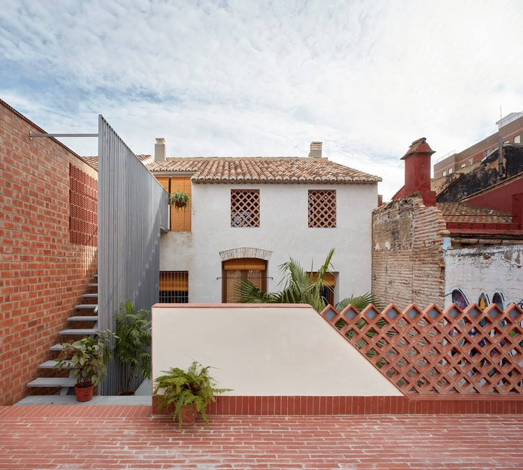 El Cabanyal Residential Renovation / David Estal + Arturo Sanz, © Mariela Apollonio