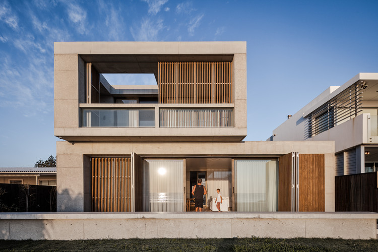 Casa Mermaid Beach / BE Architecture, © Andy McPherson