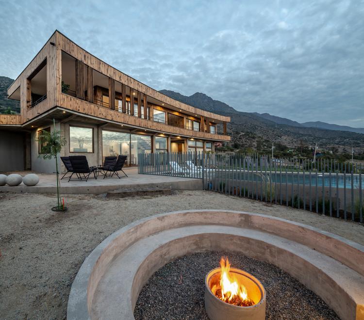 Casa HD / Biourban Arquitectos, © Aryeh Kornfeld