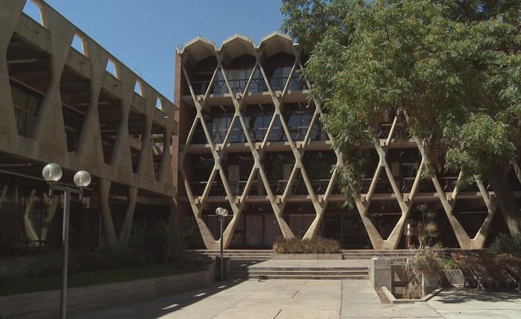 Día Nacional de los Monumentos: más de 1000 edificios abrirán sus puertas al público en Argentina, Facultad de Arquitectura de Mendoza. Image Cortesía de Colección Patrimonio Arquitectónico Argentino (CNMLBH)