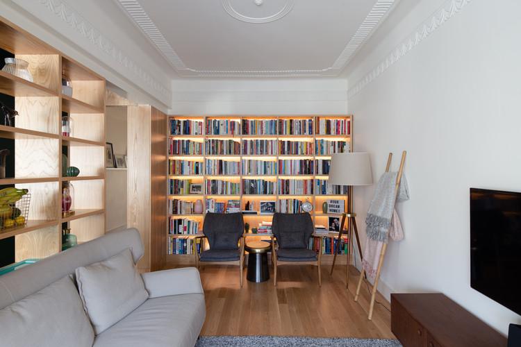 Apartamento Arroios / Cirurgias Urbanas, © Alexander Bogorodskiy