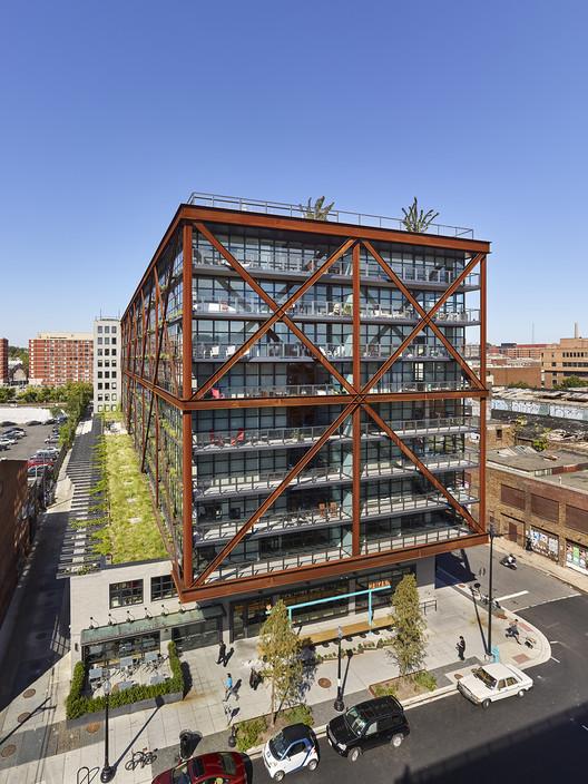 Atlantic Plumbing Building / Morris Adjmi Architects