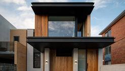 Folding Floor House / Crosshatch