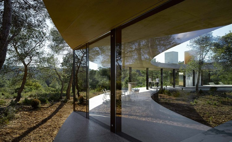 Architecture on Stage:  OFFICE KGDVS, Solo House, photo by Bas Princen