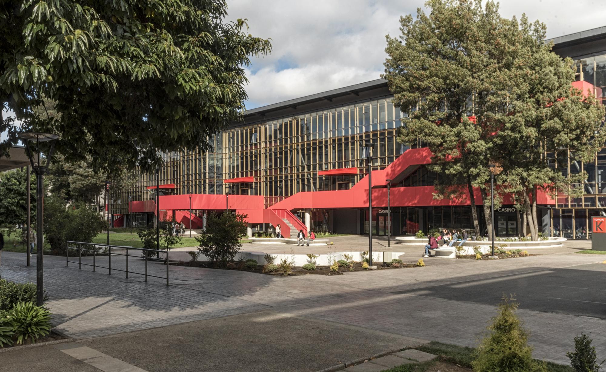 K Building, School of Architecture and Construction Autonomous University of Chile / Schmidt Restrepo Arquitectos