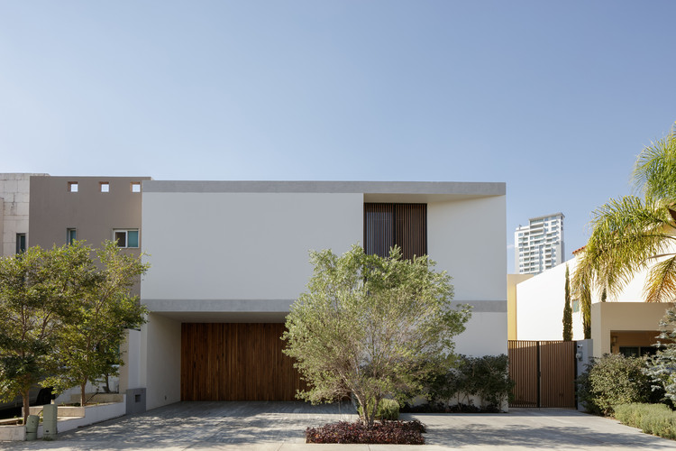 Casa G / TACHER ARQUITECTOS, © Lorena Darquea + Antonio Trillo Pause and Play