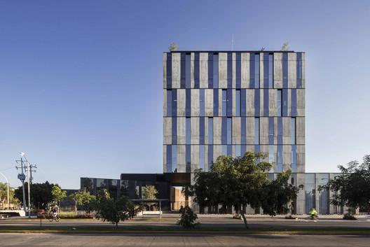 Edificio Allius / TACHER ARQUITECTOS