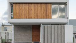 Casa JL / Martín Montone Arquitectura