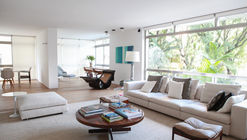 Apartamento Bela Vista 285 / Alexandre Dal Fabbro