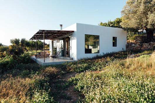 The Ibiza Campo Loft / The Nieuw + ibiza interiors