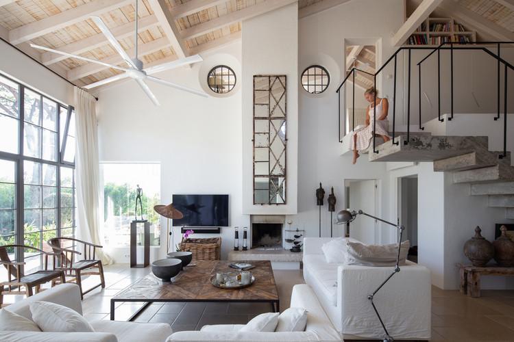 Villa AH / CORE Architects