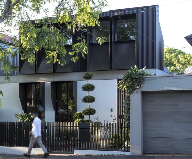 Woollahra Courtyard House / CO-AP, © Ross Honeysett