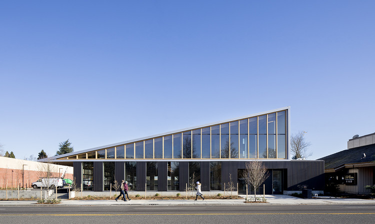 Flex Commercial Building / LEVER Architecture, © Jeremy Bittermann