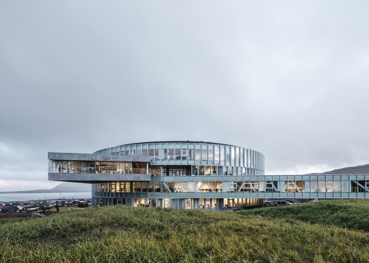 BIG's Vortex-Shaped Glasir College Opens in the Faroe Islands, Glasir Tórshavn College. Image © Rasmus Hjortshoj