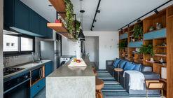 Apartamento AK / Rua 141 + ZALC Arquitetura