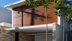 Residência Sabará / Padovani Arquitetos Associados