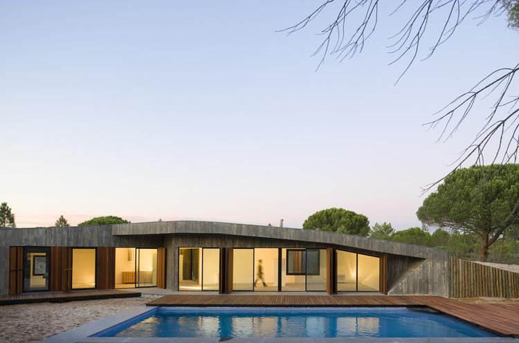 Monte House / Pereira Miguel Arquitectos, © Fernando Guerra | FG+SG