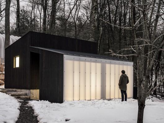 Small Wooden Pavilion / MQ Architecture