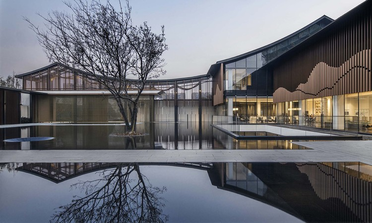 Jiangnan Courtyard / PTArchitects, © Schran Images