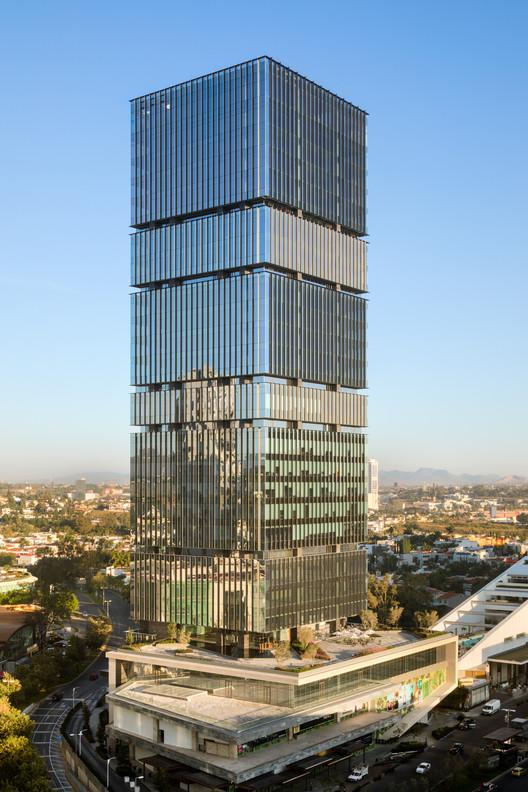 Andares Corporate / Sordo Madaleno Arquitectos